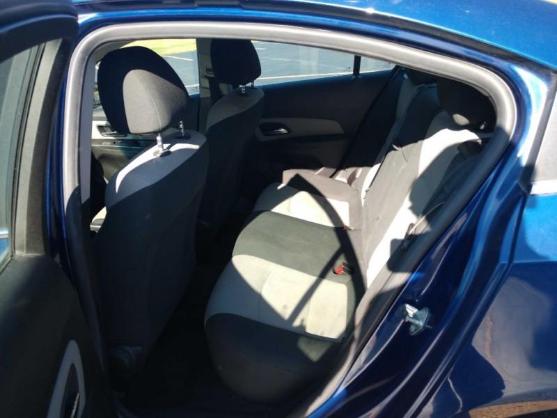 Chevrolet Cruze 2012 price $3,500