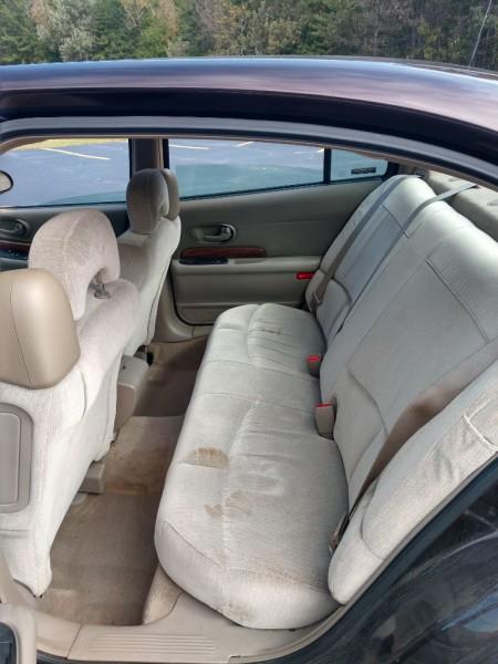 Buick LeSabre 2001 price $1,800