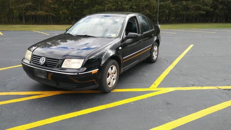 Volkswagen Jetta Sedan 2004 price $1,950