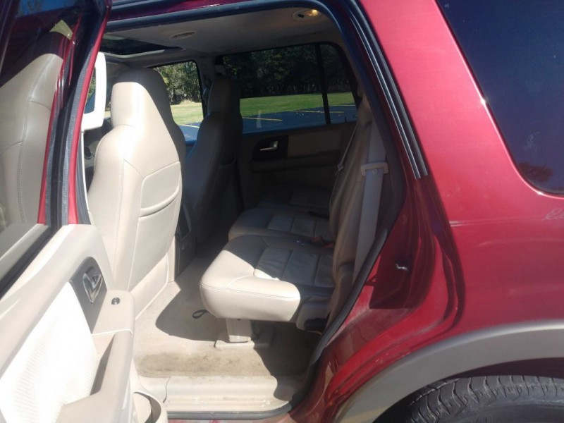 Ford Expedition 2004 price $2,995