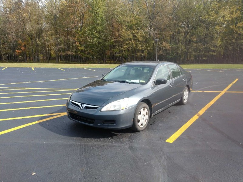 Honda Accord Sdn 2007 price $3,400
