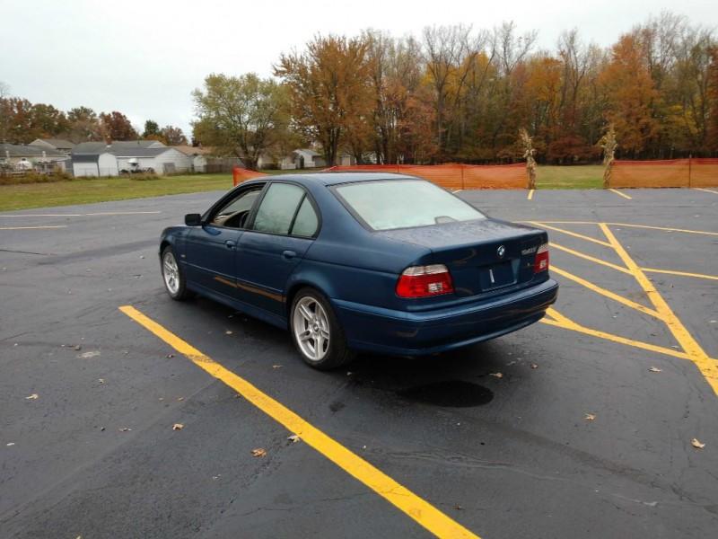 BMW 5 Series 2001 price $3,500