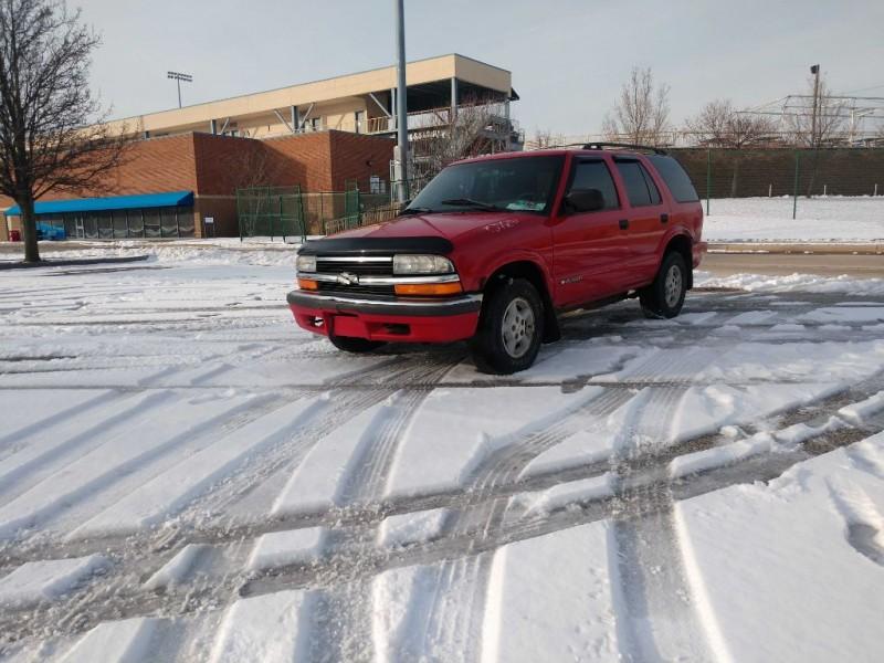 Chevrolet Blazer 1999 price $1,400
