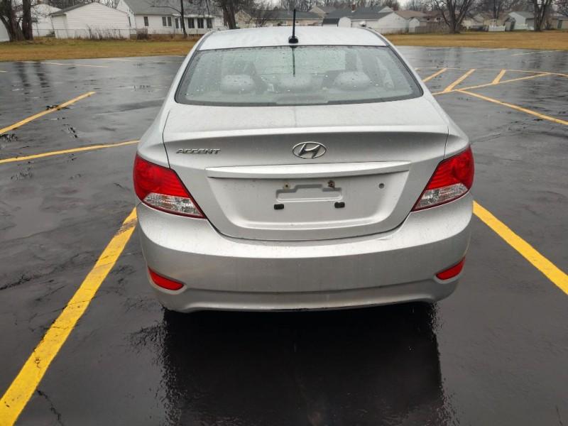 Hyundai Accent 2012 price $3,500