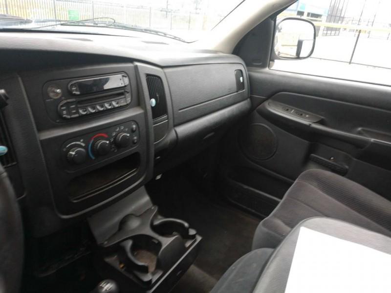 Dodge Ram 2500 2005 price $3,995