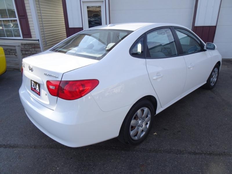 Hyundai Elantra 2007 price $2,995