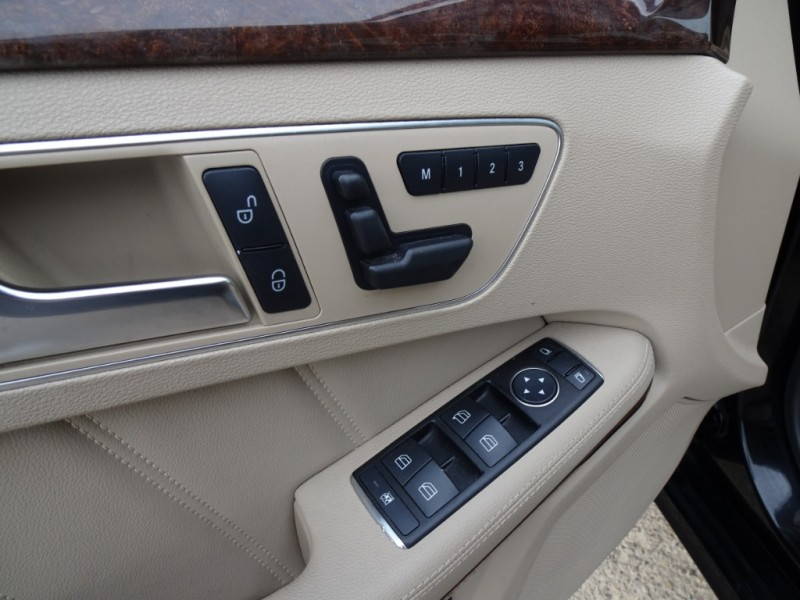 Mercedes-Benz E-Class 2012 price $16,300