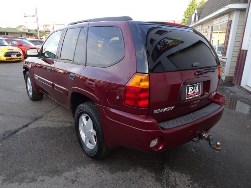 GMC Envoy 2003 price