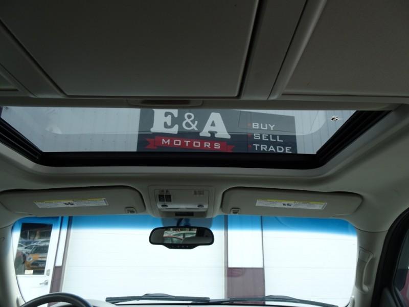 GMC Yukon XL 2011 price $9,995