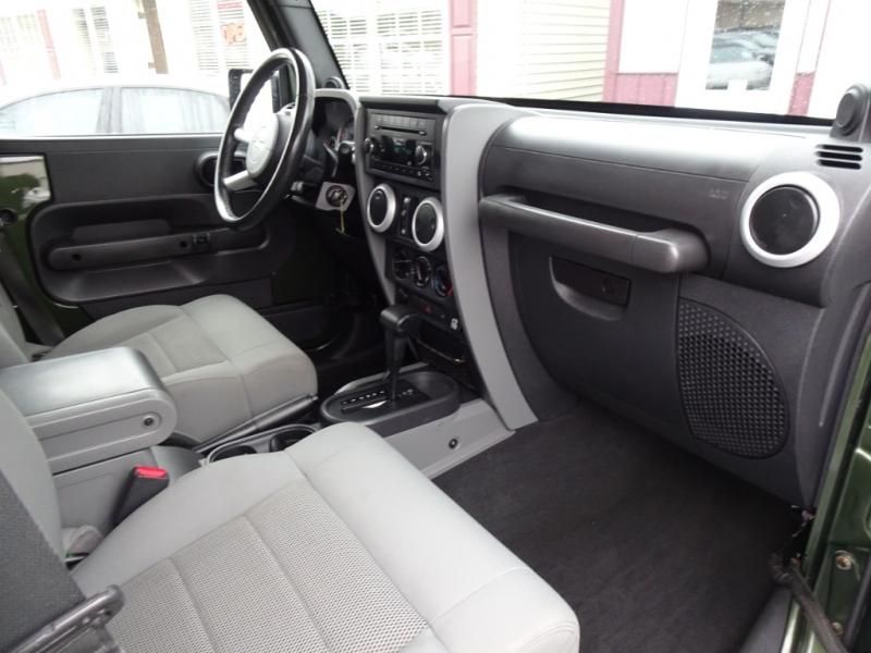 Jeep Wrangler Unlimited 2009 price $18,300