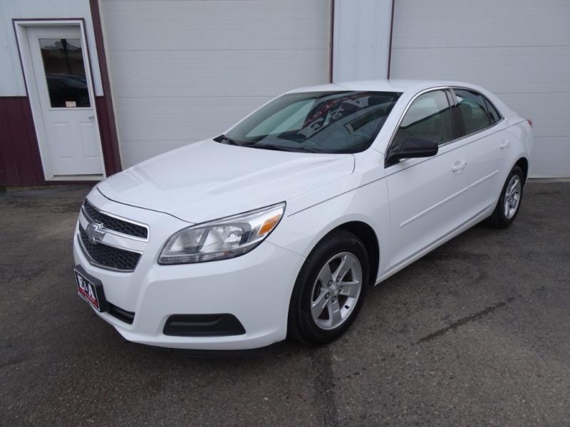 Chevrolet Malibu 2013 price $8,995