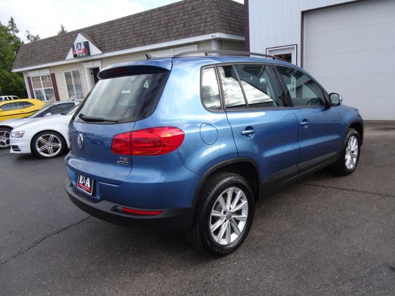 Volkswagen Tiguan 2017 price $16,995