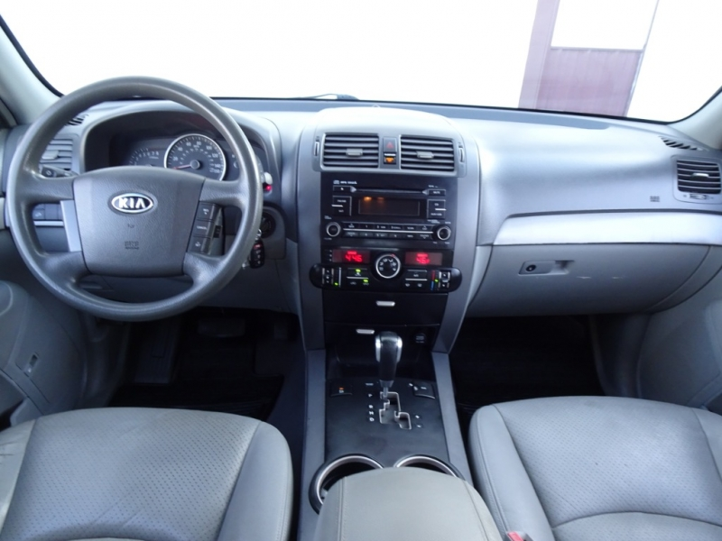 Kia Borrego 2009 price $4,995