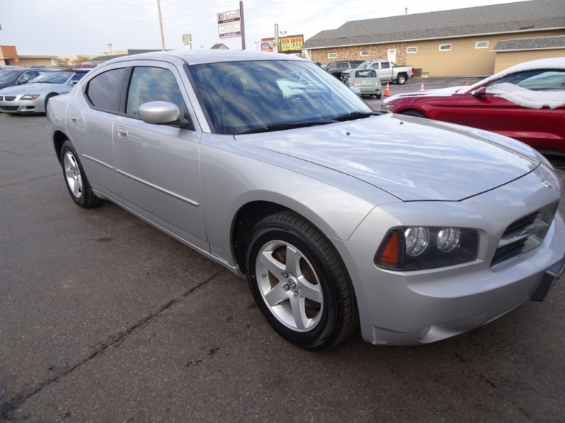 Dodge Charger 2010 price $6,900
