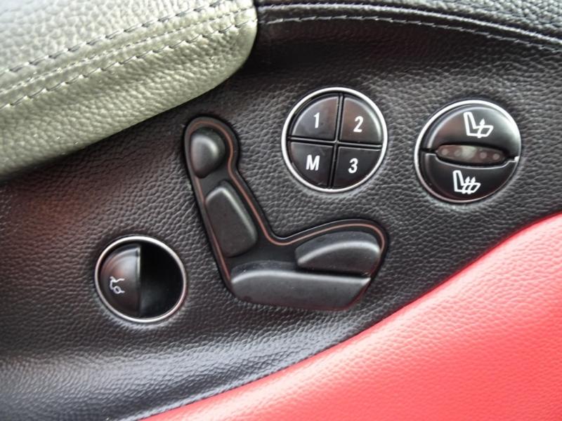 Mercedes-Benz SL-Class 2005 price $17,995