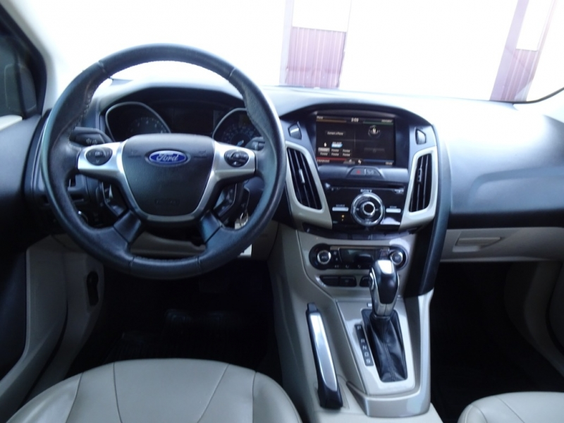 Ford Focus 2012 price $5,900