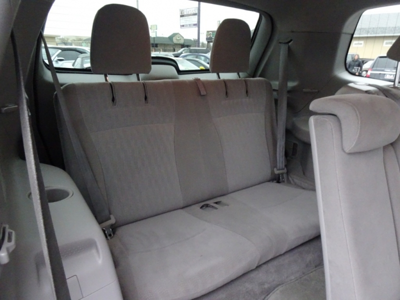 Toyota Highlander 2009 price $10,900