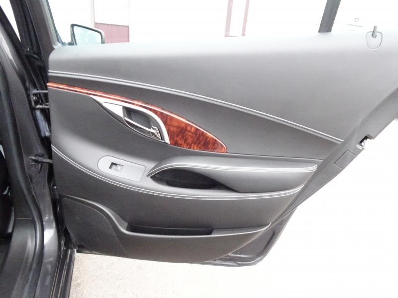 Buick LaCrosse 2012 price $10,995