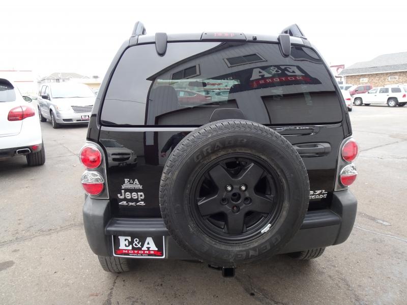 Jeep Liberty 2006 price $4,600