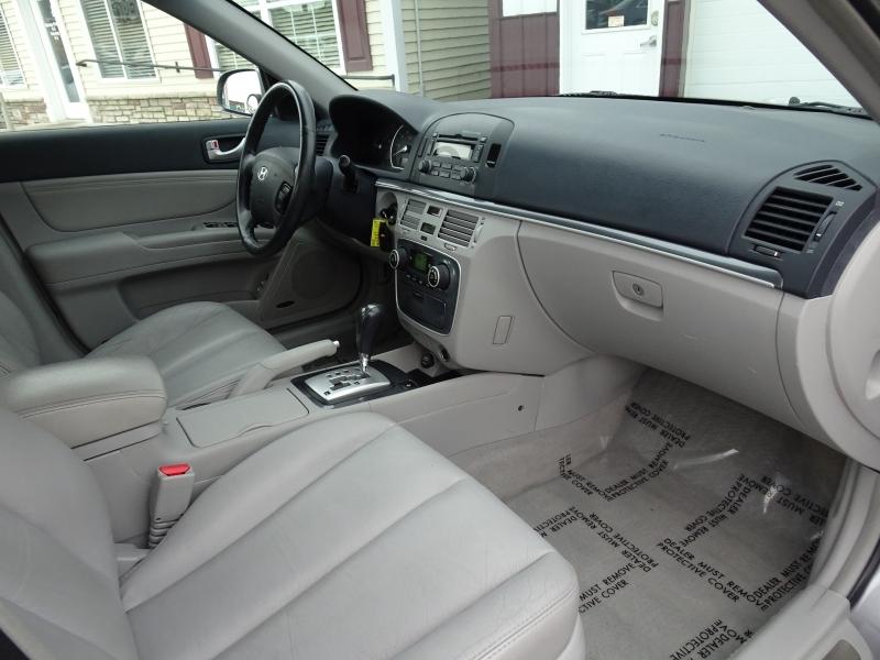 Hyundai Sonata 2008 price $2,995