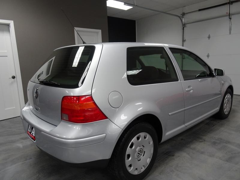 Volkswagen Golf 2004 price $7,900