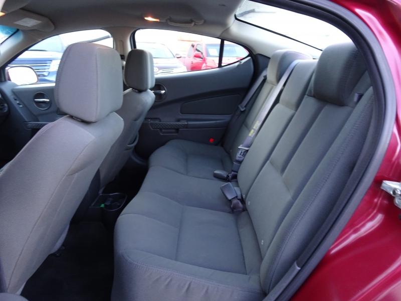 Pontiac Grand Prix 2005 price $2,995