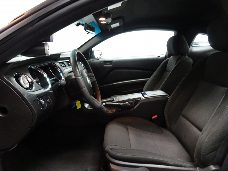 Ford Mustang 2010 price $16,995