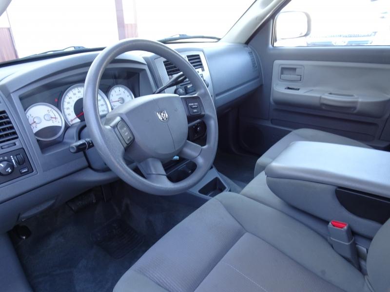 Dodge Dakota 2006 price $8,500