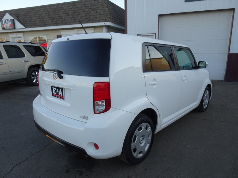 Scion xB 2013 price $3,599