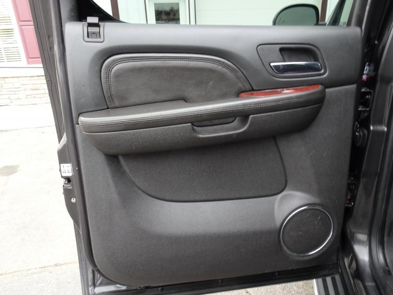 Cadillac Escalade ESV 2011 price $11,995