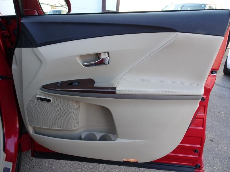 Toyota Venza 2013 price