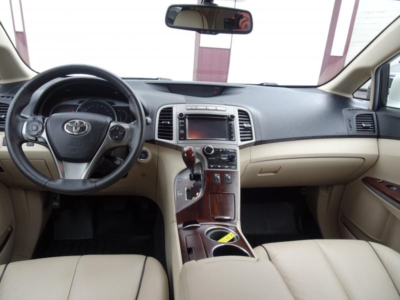 Toyota Venza 2013 price $12,495