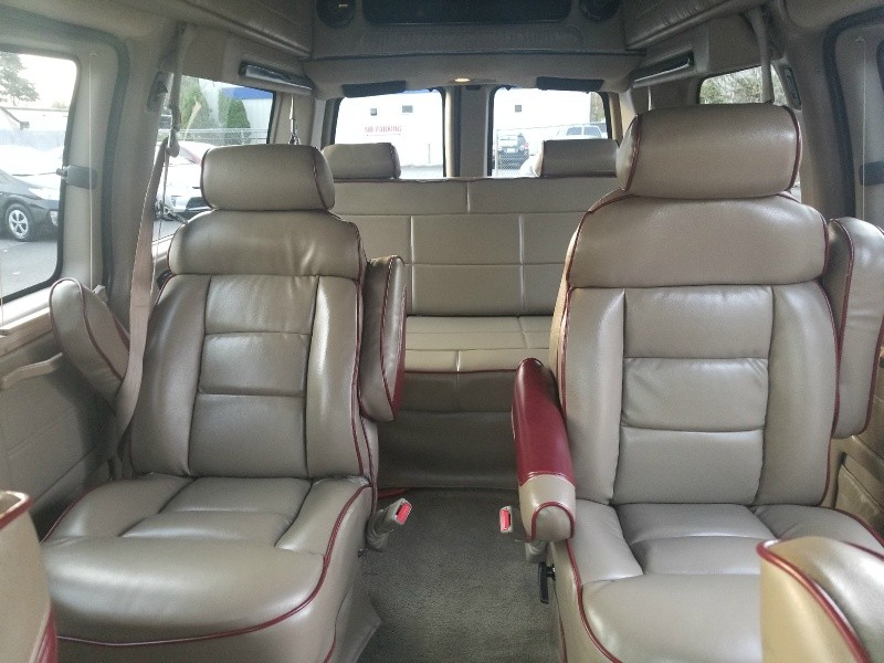 GMC Savana Cargo Van 2004 price $13,999