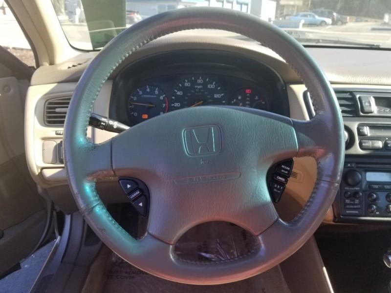 Honda Accord 1999 price $2,999