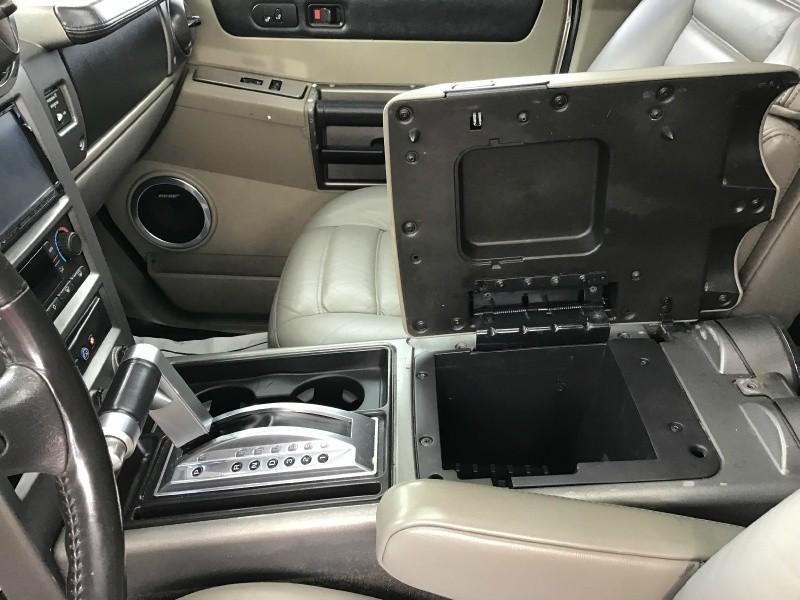 Hummer H2 2004 price $12,899
