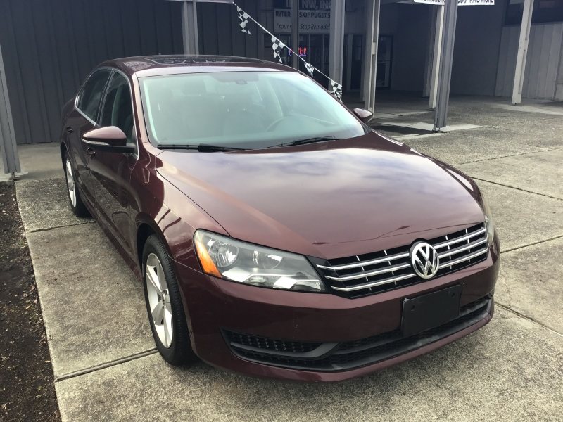 Volkswagen Passat 2012 price $8,432