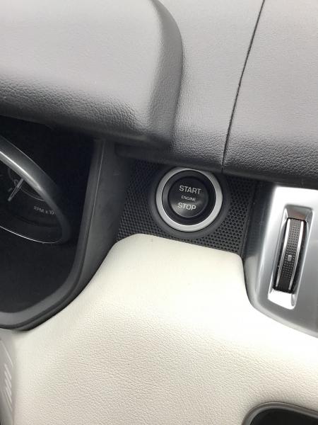 Land Rover Range Rover Sport 2016 price $47,999