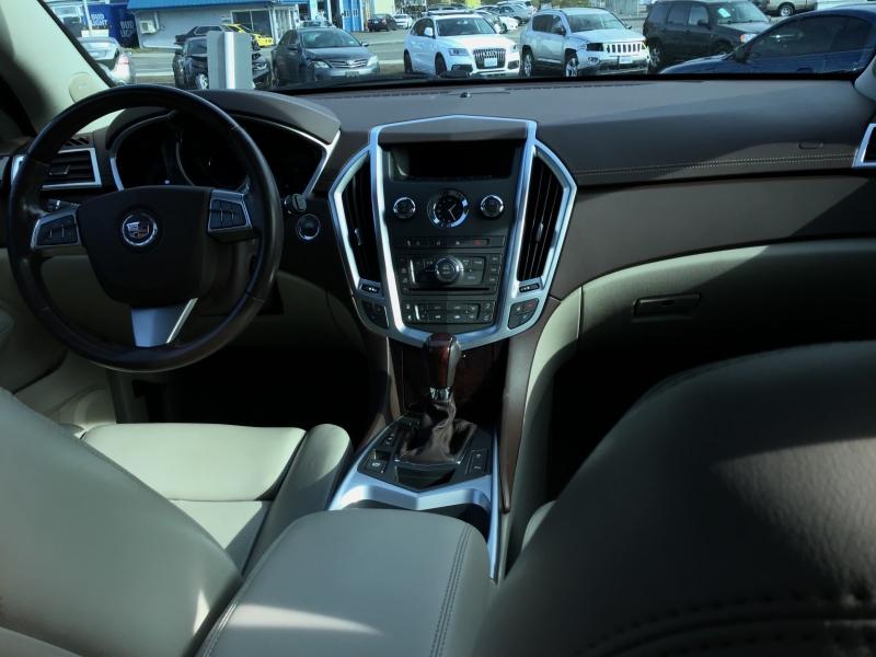 Cadillac SRX 2011 price $10,899