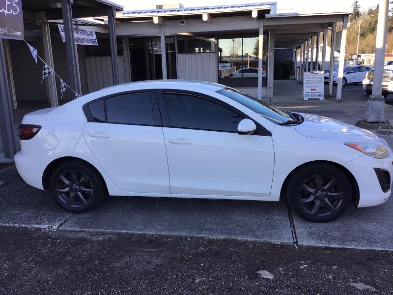 Mazda Mazda3 2011 price $6,300