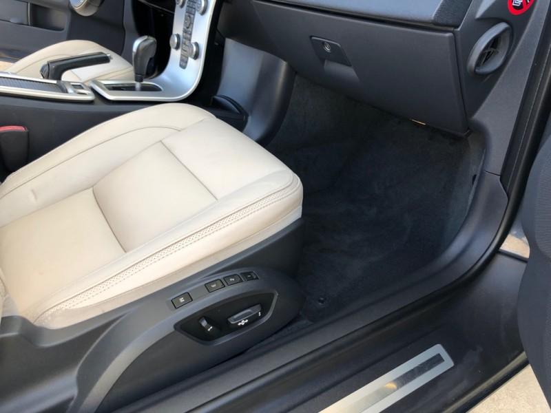 Volvo C70 2013 price $14,995