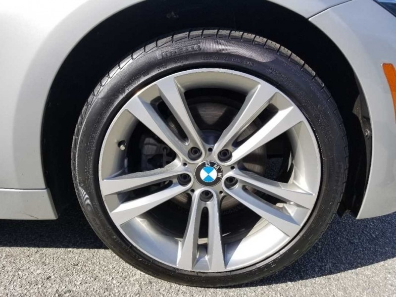 BMW 3-Series 2018 price $31,888