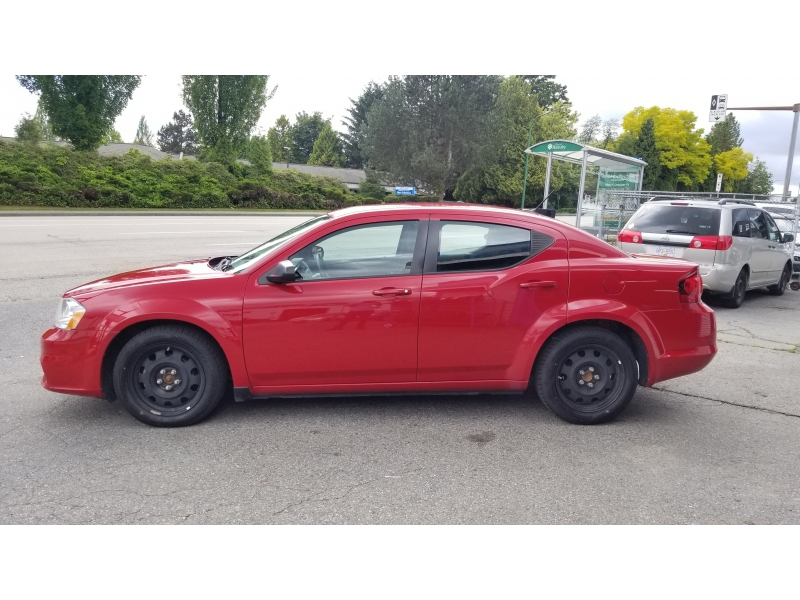 Dodge Avenger 2014 price $10,995