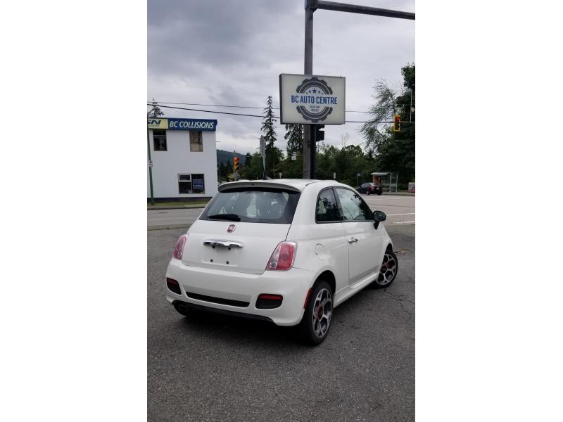 Fiat 500 2016 price $10,995