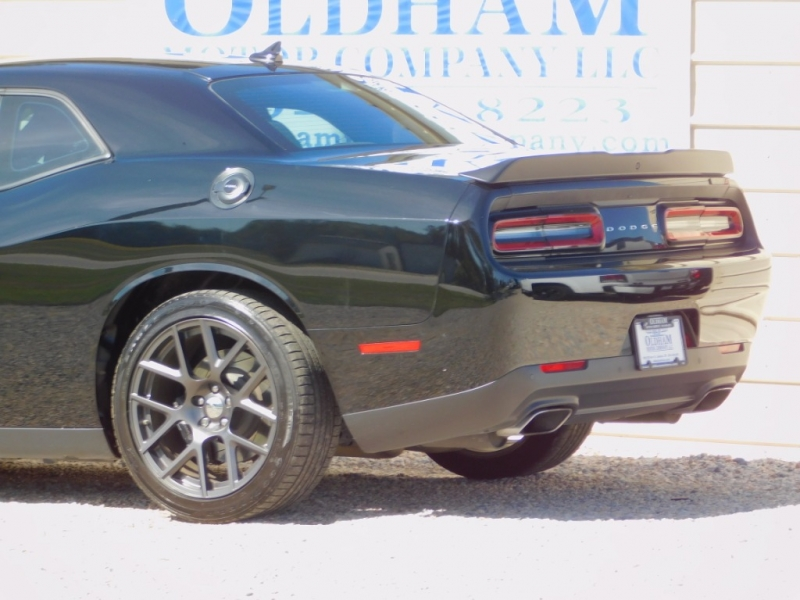 Dodge Challenger 2016 price $28,800
