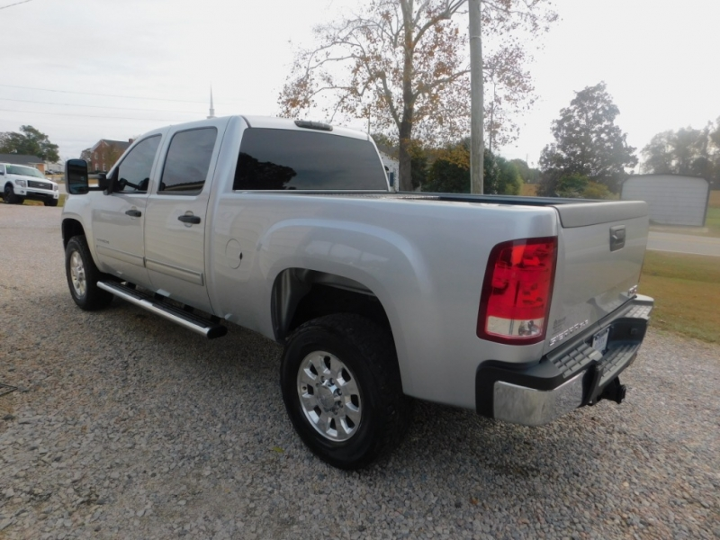 GMC Sierra 2500HD 2013 price $24,900