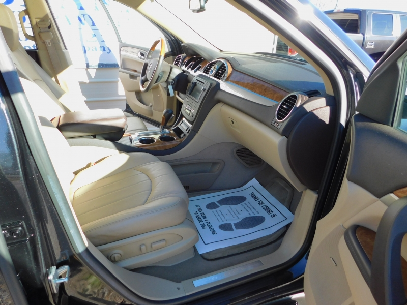 Buick Enclave 2012 price $13,750
