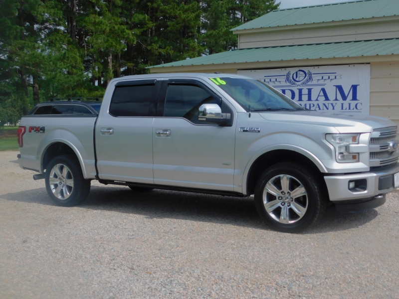 Ford F150 SuperCrew Platinum 4X4 2016 price $31,000