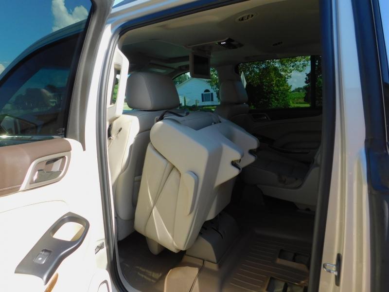 GMC Yukon XL 2016 price $34,700