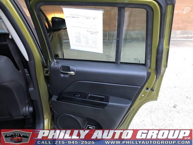 Jeep Compass 2012 price $7,885