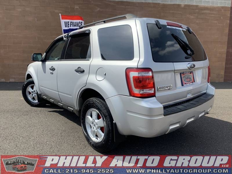 Ford Escape 2011 price $7,785